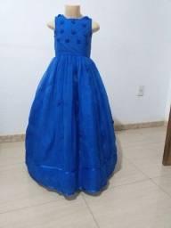 Vende-se Vestido de Daminha Azul. Usado 3x