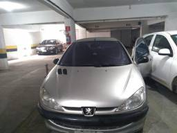 Sucata de Peugeot 2005 1.0 16 válvulas