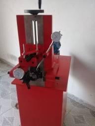 Máquina retificar Biela