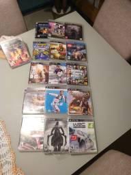 Vendo PS3 semi novo com dois controles e mais 17 jogos