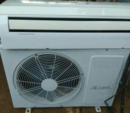 Vendo ar condicionado Elgin 12 mil btus classe A já instalado e higienizado