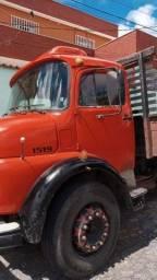 Caminhão truck mercedes benz