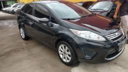 Fiesta Sedan SE 1.6 2011 finacia 100%