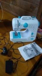 Mini maquina de costura 280 reais