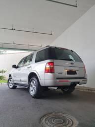 Ford explorer único dono