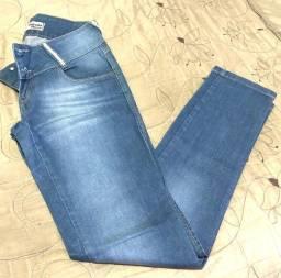Bazar - Calça jeans Morena Rosa n40