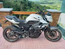 Moto Xj6 N