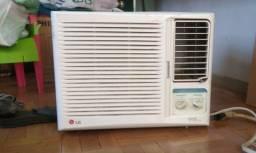Ar Condicionado LG 7500BTUS 220 V(muito conservado)R$ 350,00