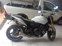 Moto Hornet *