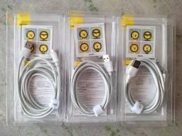 Cabo USB Tipo C, Micro USB (V8) e Lightning Baseus 1,5m - Carregamento Rápido até 5A