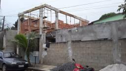 Empreiteiro de obras da fundação  ao acabamento