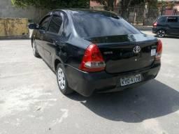Etios sedan 12/13 1.5 com Gnv