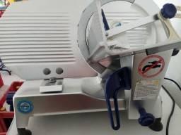 Fatiador (maquina de fatiar frios)