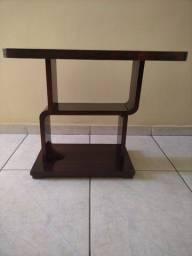 Mesa decorativa em madeira maciça (Usado) RETRÔ