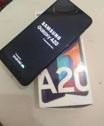 Vendo A20 32 gb 3 de ram  tudo ok