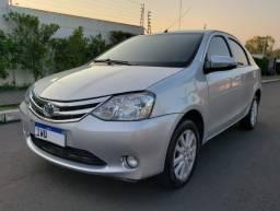 Barbada Toyota Etios Platinum Sedan 1.5 Manual 2016 Placa I Abaixo da Fipe