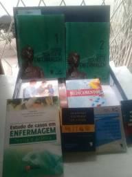 coleção de livros técnicos e auxiliar de enfermagem Novo na caixa