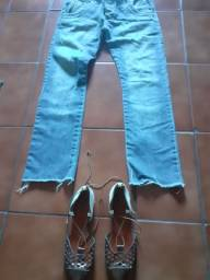 Calça  jeans e sapatilha
