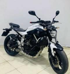 Moto Yamaha MT 07