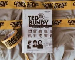 """Livro """"Ted Bundy - Um estranho ao seu lado"""""""