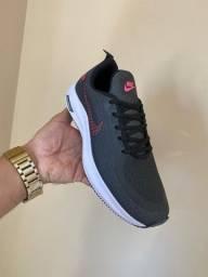 Tênis Nike Zoom Preto com Verde 90,00