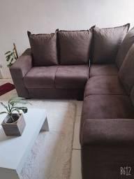 Vendo esse sofá chegou ontem motivo da veda ficou grande na minha sala