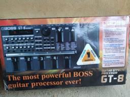 Pedaleira Boss GT 8 novíssima na caixa.