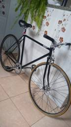 Caloi 10 anos 80. Single speed. aro 700.