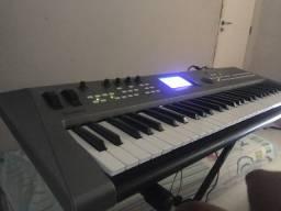 Vendo essa Syntetizador Monstro YAMAHA