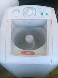 Vendo máquina de lava roupa 9kg