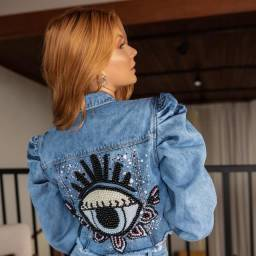 Jaqueta jeans bordadas