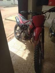 Vendo CRF 230 ano 2011