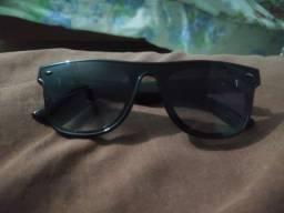 Vendo óculos CHILLIBEANS com menos de 3 meses de uso. Motivo da venda comprei outro.