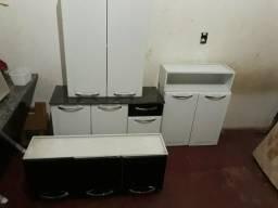 R$650,00 armário de cozinha Itatiaia novinho.