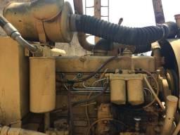 Vendo guincho bate estacas construção civil aceita cavalo mecânico Bobcat miniescavadeira