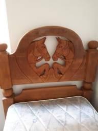Cama de solteiro madeira pura