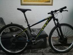 Bike GT Avalanche comp, MTB