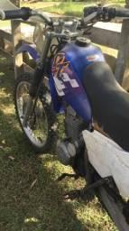 Dt 200 motor cbx 200 - 1999