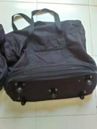 Nova bolsa enorme tipo mala com roda e varios zippers