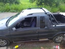 Vendo ou troco por carro fechado - 2002