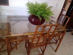 Mesa de cana da india