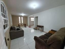 Casa linear 4 qts 1 suíte, anexo c/ 2 qrts e cozinha Maravista Itaipu