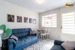 Casa Residencial à venda, 2 quartos, 2 vagas, Padre Eustáquio - Divinópolis/MG