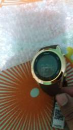 Vendo esse Relógio Champion  novo nunca usado ..