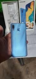 Samsung A30 64gb bem conservado