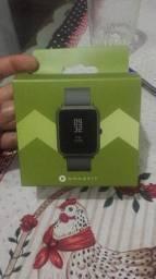 Amazfit Bip com GPS  novo