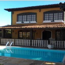 Excelente casa duplex em Iguabinha