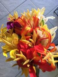 Flores artificiais lirios