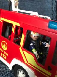 Caminhão de bombeiros Playmobil City Action completo!!!