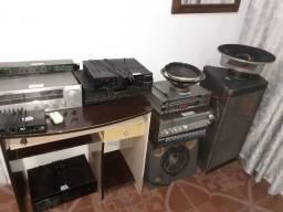 Amplificador caixa de som e alto falante bicho papão